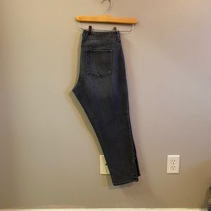 Eddie Bauer cropped denim jeans with ankle zippers